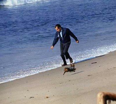 Nixon-at-the-beach