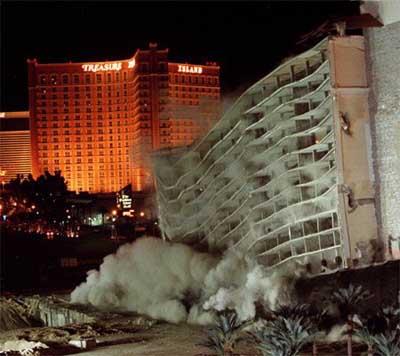 Desert_inn_demolition