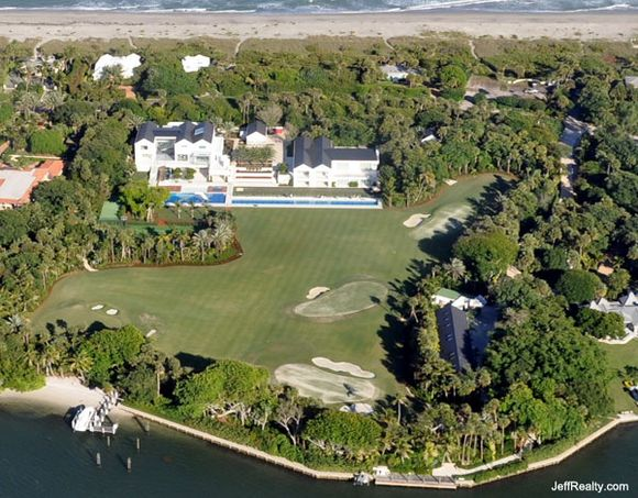 TIGER WOODS NEW DIGS