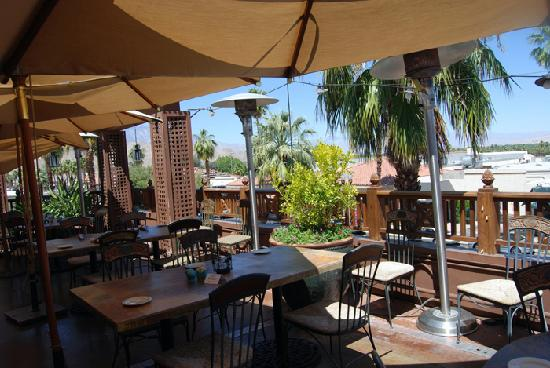 Sammy S Pizza And Tommy Bahama On The Famous El Paseo Ave In Palm Desert Will Hand You A Separate G F Menu Selection