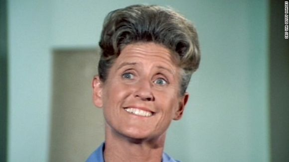 ALICE FROM BRADY BUNCH IS DEAD AT 88