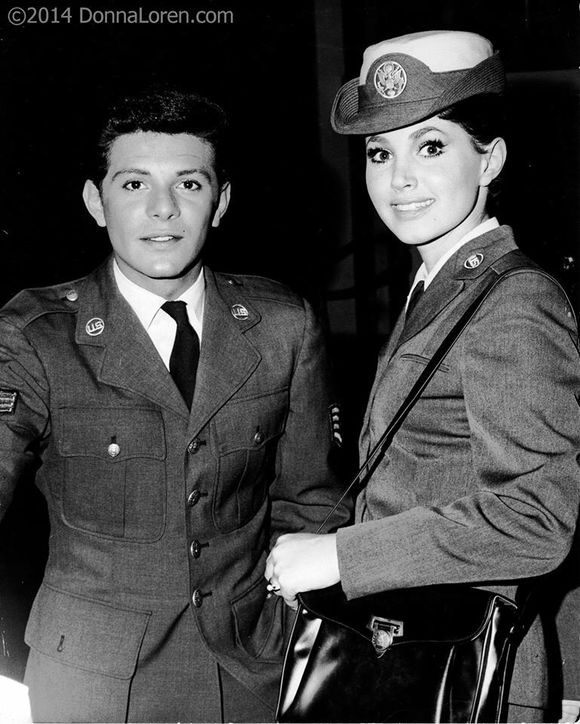 DONNA LOREN WITH FRANKIE AVALON
