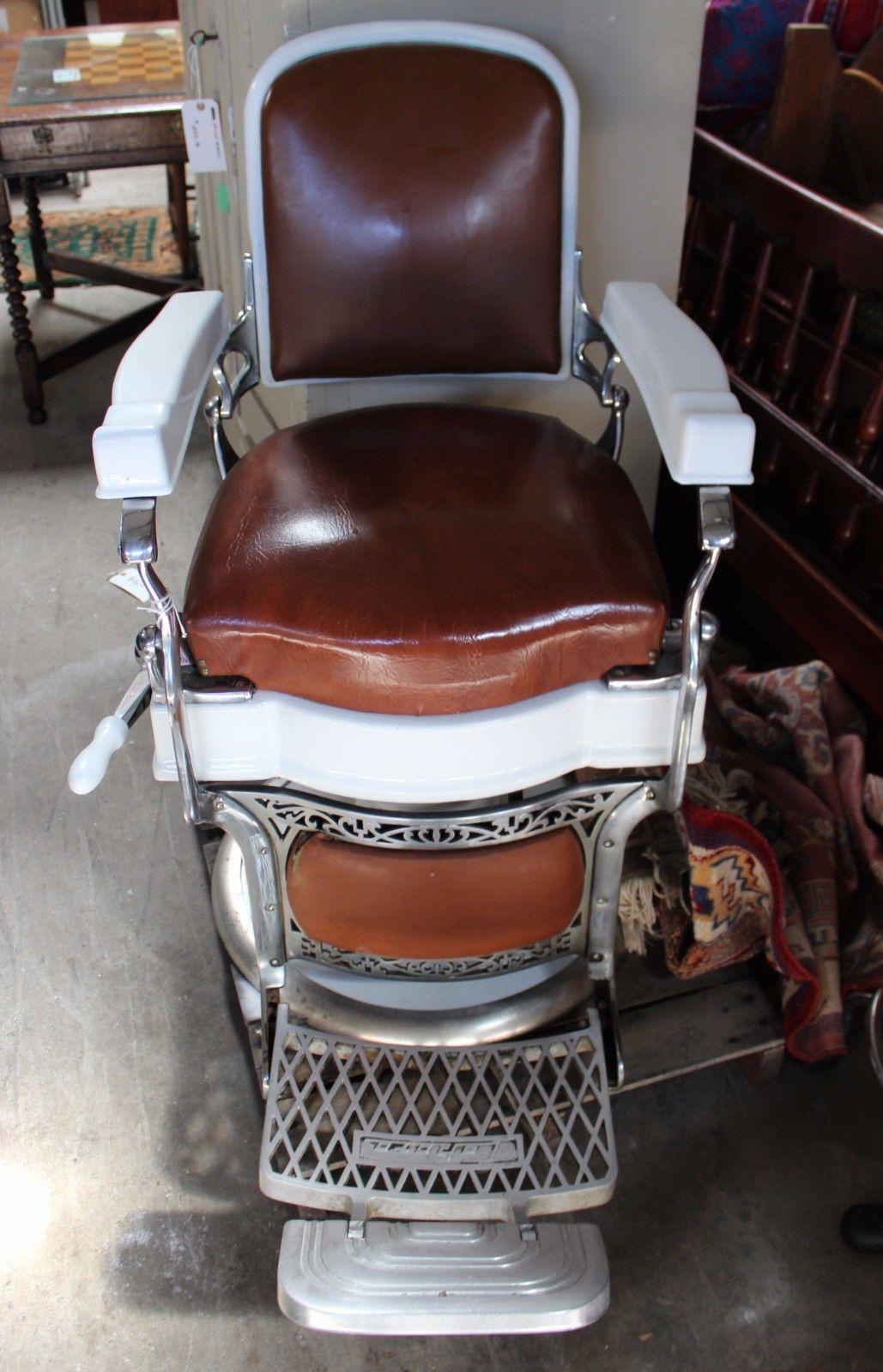 Vintage barber shop chairs - Barber Belmont
