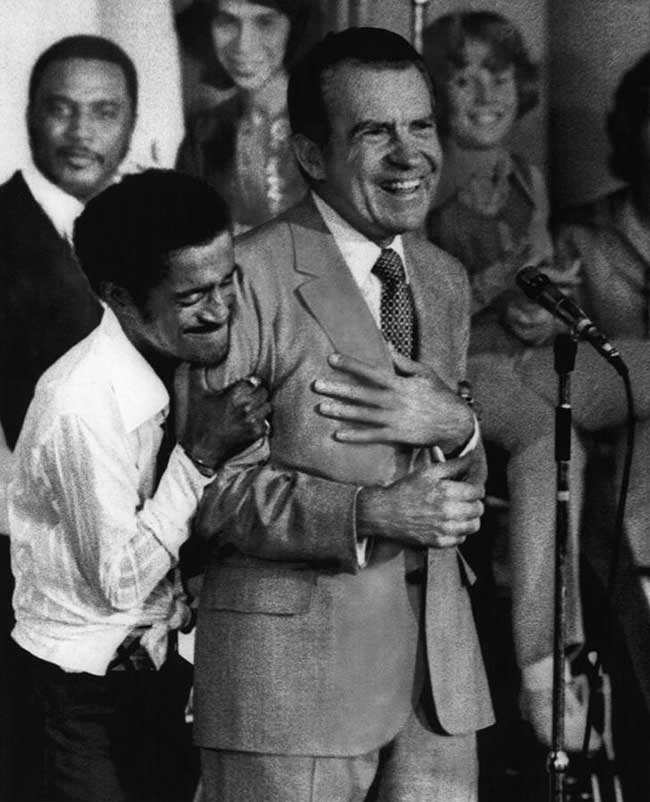 Sammy-Davis-Jr.-hugging-Richard-Nixon-at-a-youth-rally-during-the-US-Presidential-campaign-1972