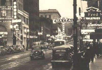 Heilig_mayfair_streetscene-1930s