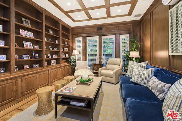 TRUMPS DIGS IN BEVERLY HILLS FOR SALE
