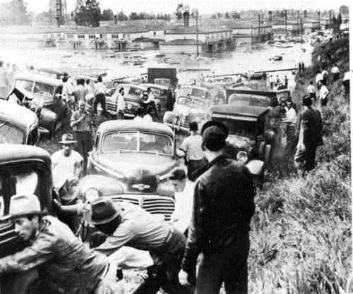 VANPORT-FLOOD-CARS