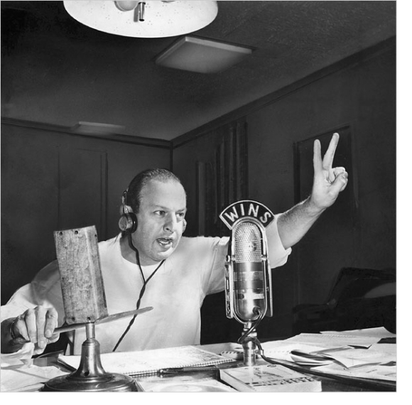 LES KEITER SPENT 50 YEARS BEHIND THE MIC
