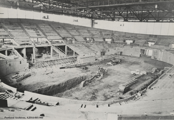 1959_coliseum-bowl-construction_a2014-003-9001