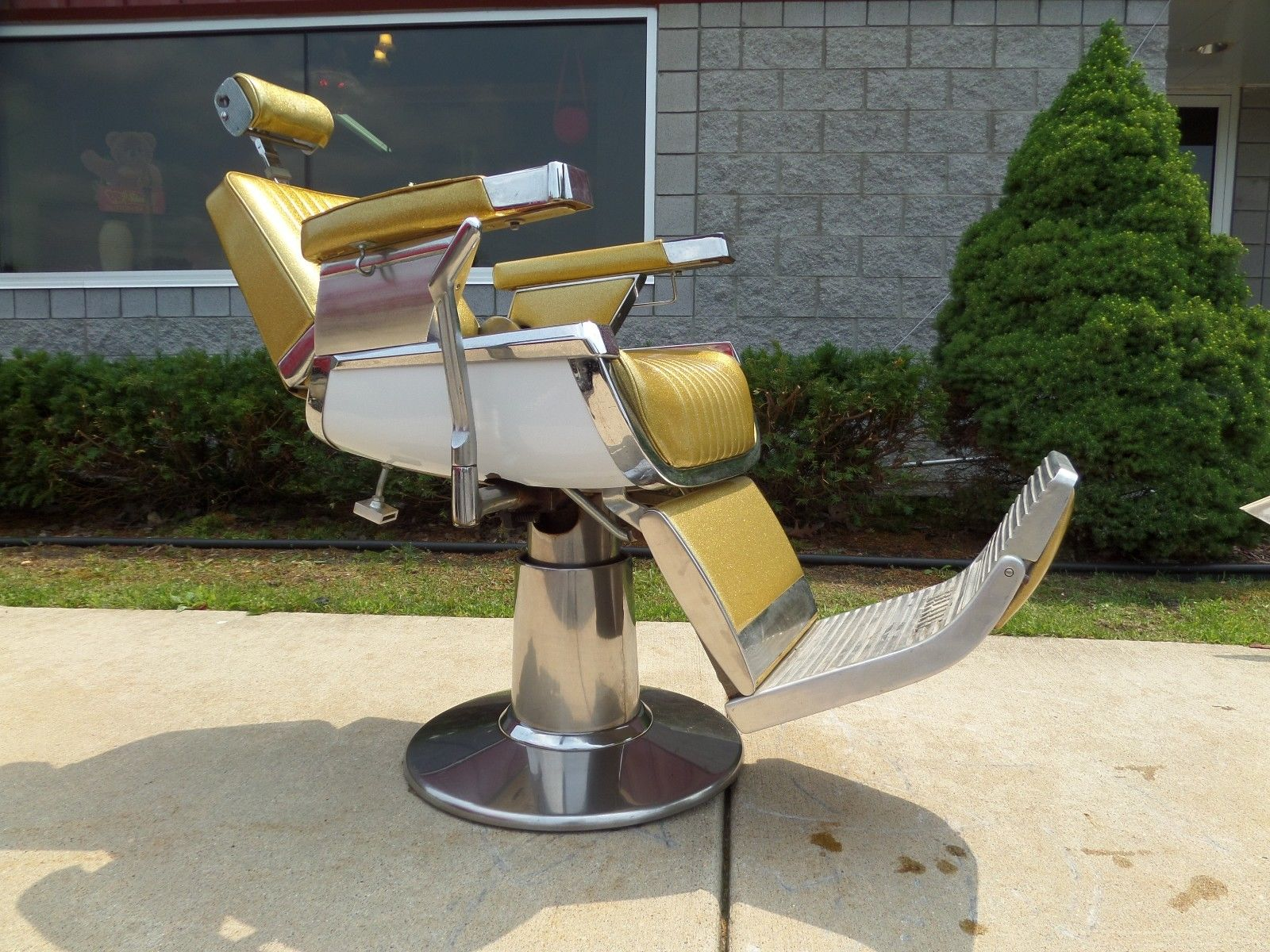 Belmont barber chairs - Barber 33