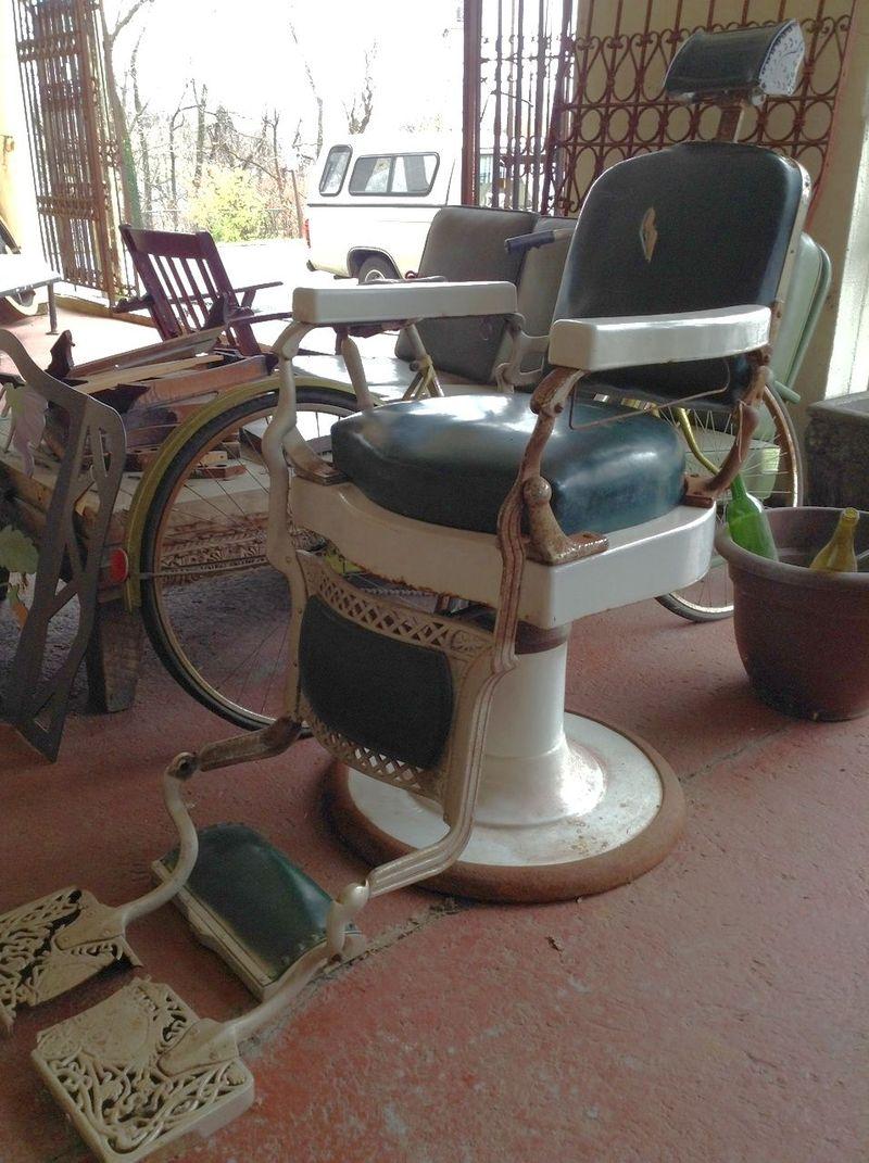 Barber Ues : Vintage Barber Shops: Barber Chairs