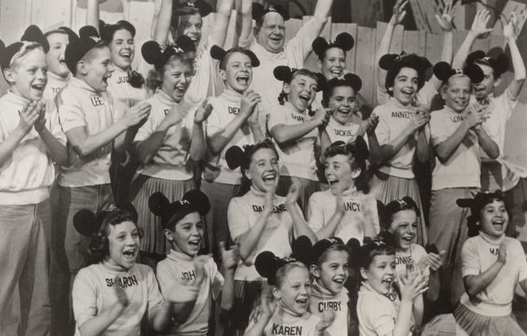 MICKEY MOUSE CLUB 100