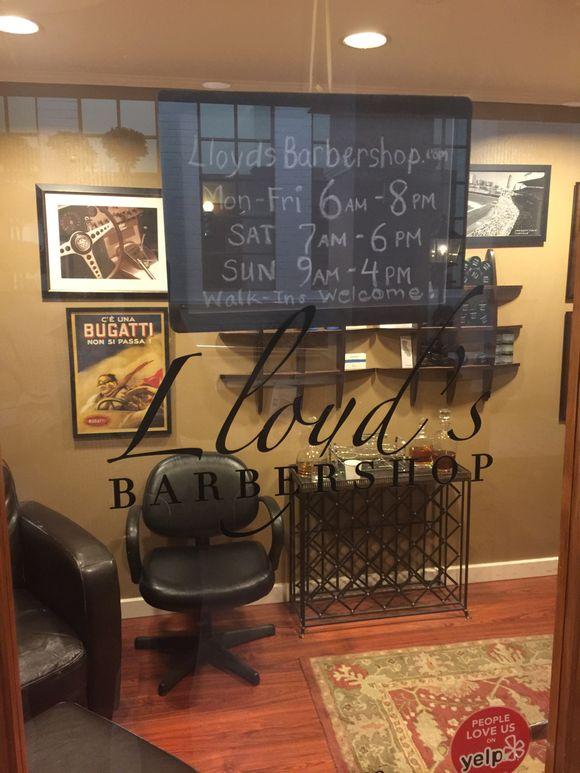 LLOYD'S BARBER SHOP IN THE FAIRMOUNT HOTEL-SANTA MONICA