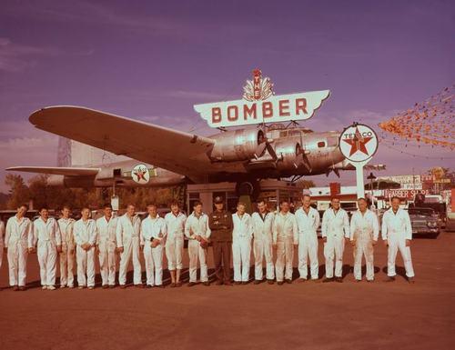 Bomber 4