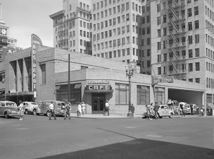 5TH TAYLOR 1946