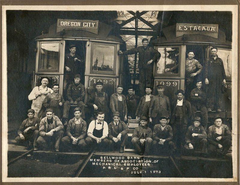 Sellwood-carbarn-1913