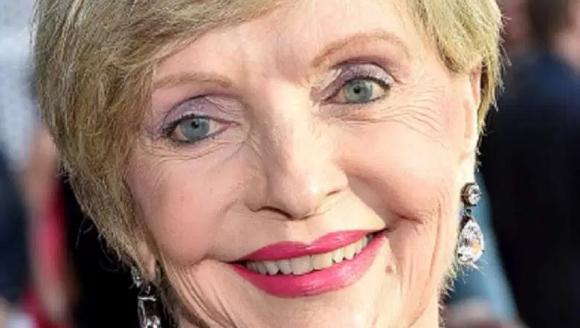 BRADY MOM ACTRESS DEAD AT 82