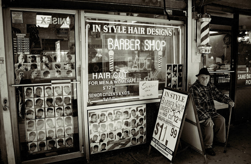 OLD BW BARBER
