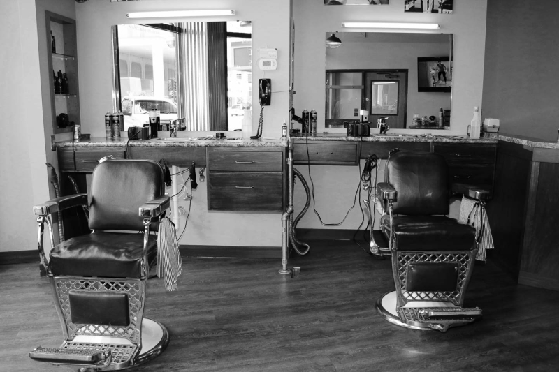 Orbitz-Old-school-barber-shops-in-the-US-Gravers-Barbershop-1